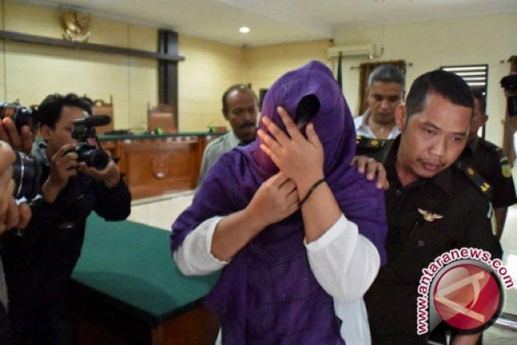 Tiga terdakwa narkoba diperiksa majelis hakim sebagai saksi mahkota