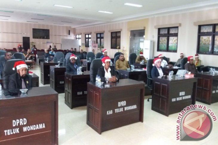 DPRD Dorong Penerapan Konsep KSCT Teluk Wondama