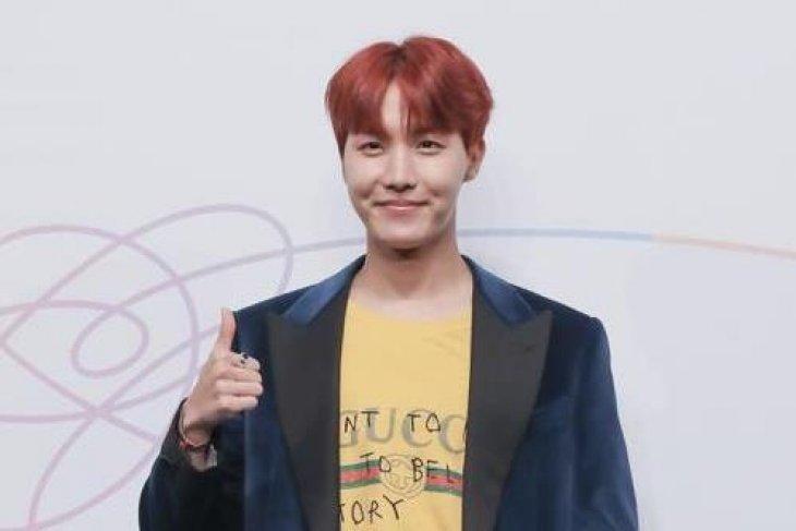 J-Hope BTS akan rilis kompilasi lagu bulan depan