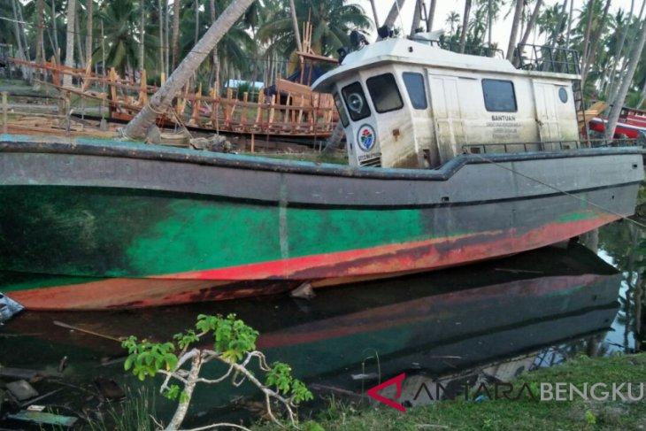 Kapal bantuan pemerintah untuk BUMDes alami kerusakan