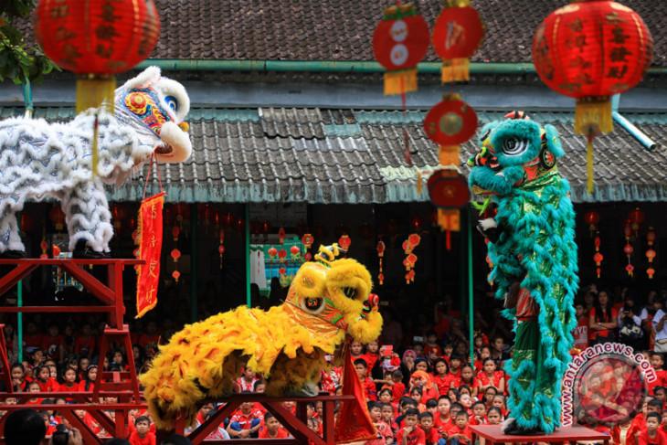 Malaysia, Singapura ikut Festival Barongsai Internasional