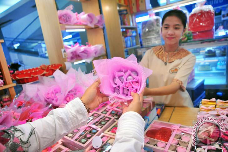 Jelang Valentine, pengrajin penganan cokelat panen rezeki