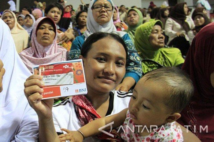 14.389 keluarga Sukabumi terima bantuan nontunai