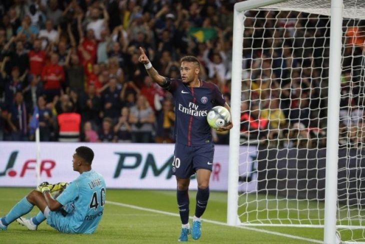 Neymar absen di laga Liga Champions