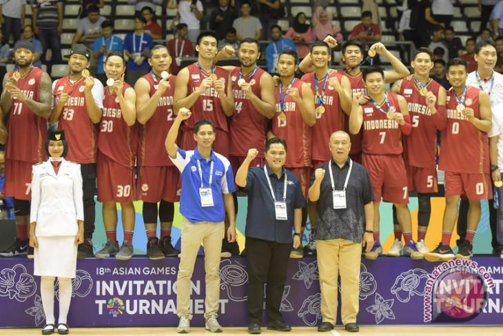 Bola basket - Pelatih puji pemain debutan timnas