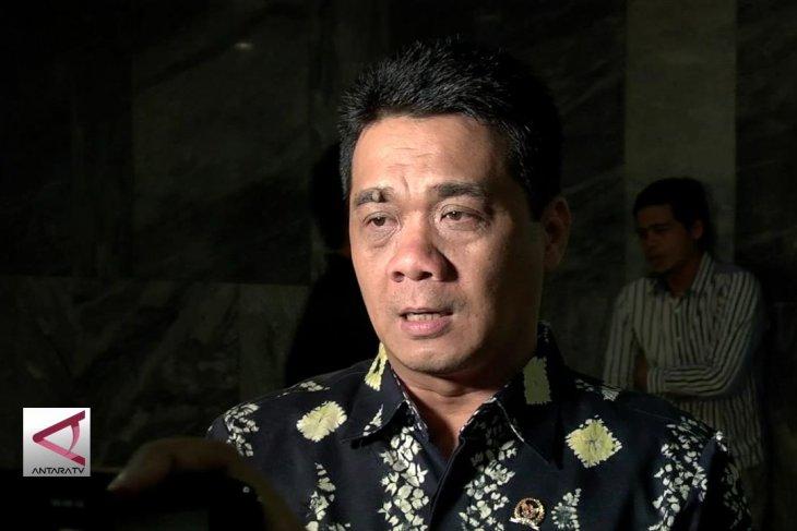 Komisi II DPR tak setuju tunda penetapan tersangka peserta Pilkada