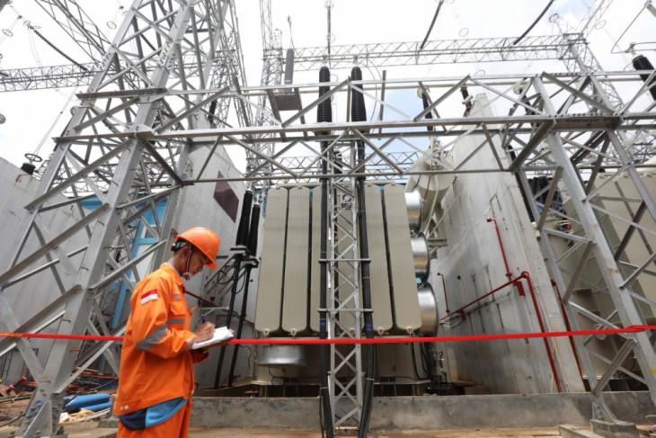 PLN resmikan 19 proyek bernilai Rp1,3 triliun