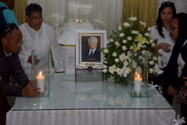 Prosesi kremasi jenazah Hari Darmawan digelar di Mumbul