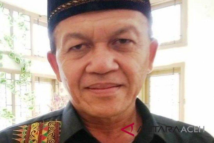 Pemkab Aceh Besar bantu usaha kain songket