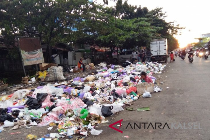 Banjarmasin Prevents 52 Million Plastic Bags Use Each Month