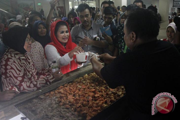 Puti Guntur kunjungi Pesantren Zainul Hasan Genggong