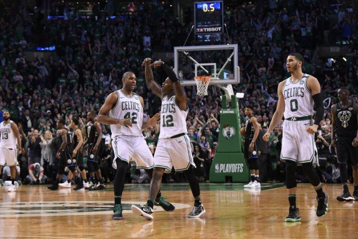 """Lewat """"overtime"""", Celtics rebut gim pertama dari Bucks"""