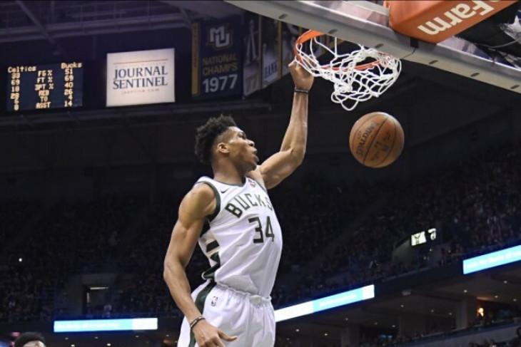 Antetokounmpo antar Bucks rebut gim keempat, imbangi Celtics 2-2