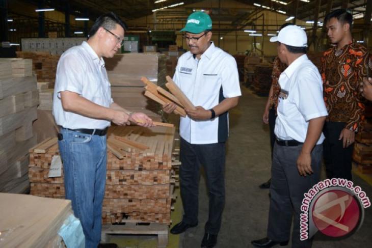 Gus Ipul janji dukung industri mebel Jawa Timur