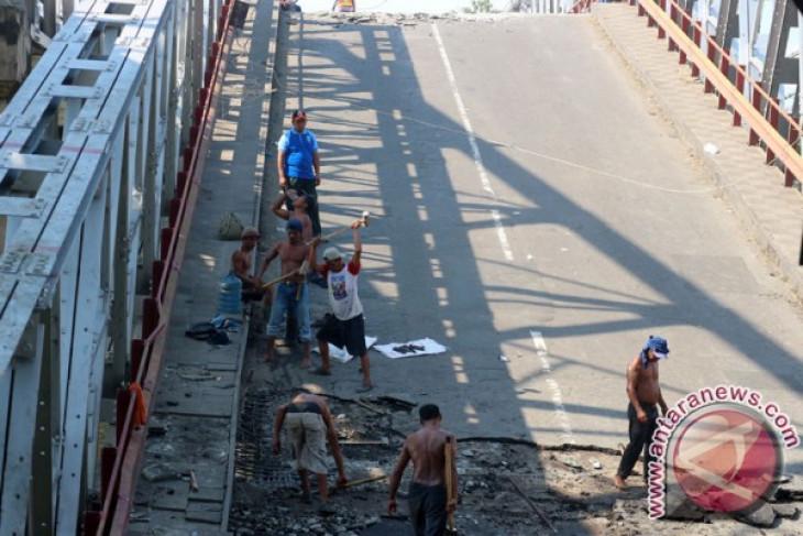 Perbaikan jembatan Widang Tuban 1,5 bulan
