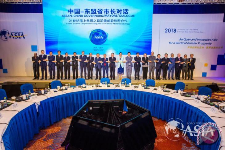 "Li Jinyuan: ""Dunia fokus pada Tiongkok sekarang bersama TIENS!"""