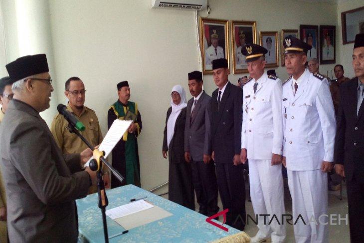 Plt Bupati Aceh Selatan lantik 10 pejabat