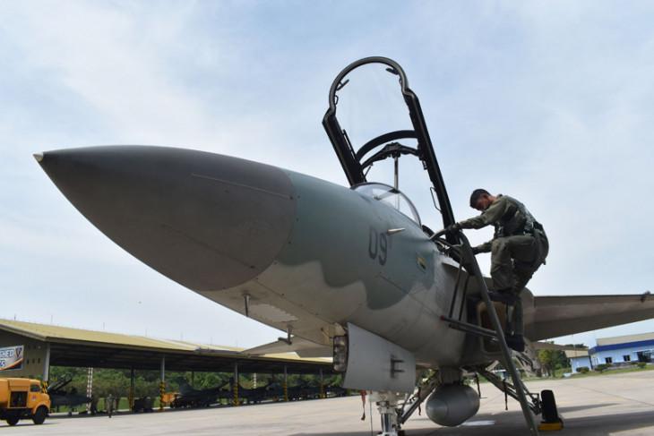 Dua pilot pesawat tempur capai 1.000 jam terbang