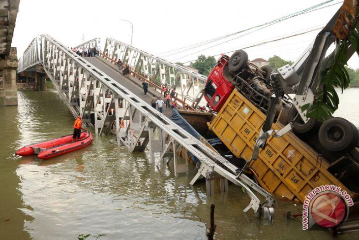 Pasca Jembatan Widang, konstruksi semua jembatan di Jatim diperiksa