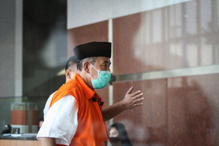 Pejabat Bandung Barat diperiksa terkait kasus suap Bupati Abubakar