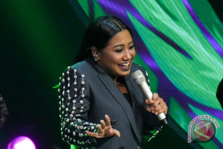 Maria tampil spektakuler di babak awal Grand Final Indonesian Idol 2018