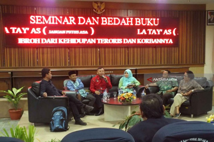 Mahasiswa Unej Diminta Waspada terhadap Doktrin Terorisme