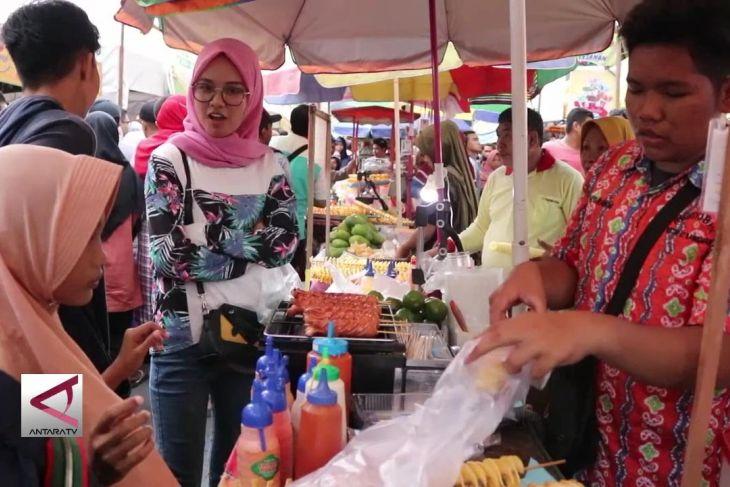Berburu kuliner buka puasa di Pasar Wadai Ramadhan