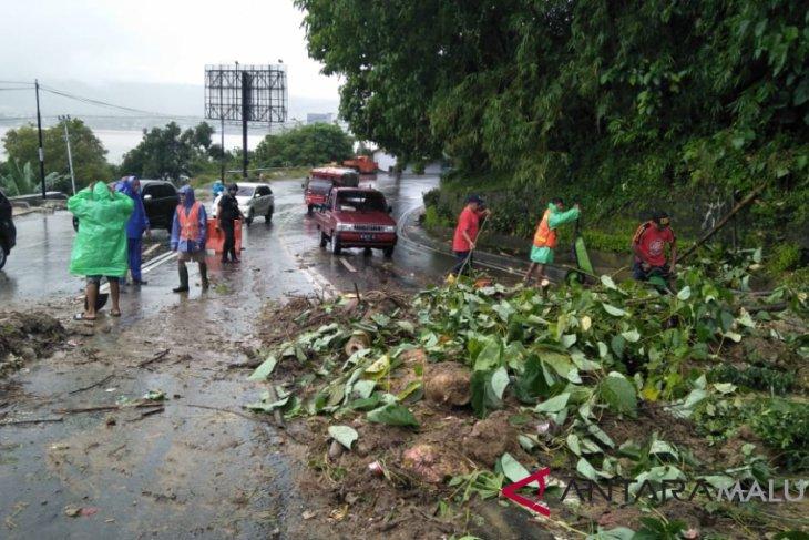 ADB mengevaluasi program penanganan banjir di Ambon