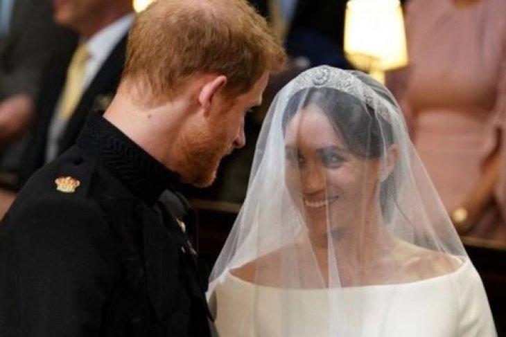 Di balik tanggal pernikahan Pangeran Harry