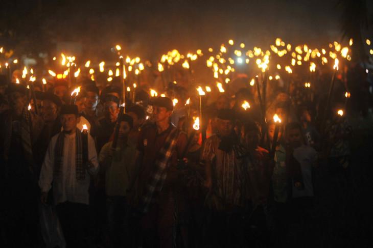 Pawai 1.000 obor ramaikan takbiran di Pekanbaru