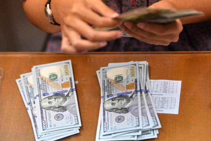 Rupiah Senin pagi Rp14.070 per dolar AS