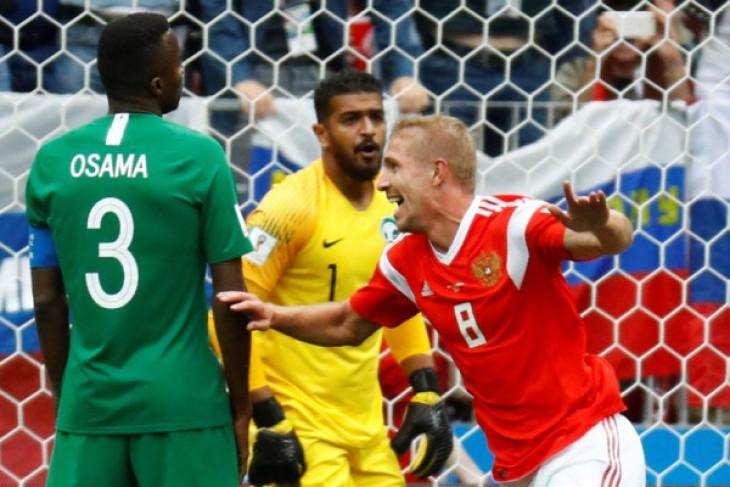 Rusia ungguli Arab Saudi 2-0 di babak pertama