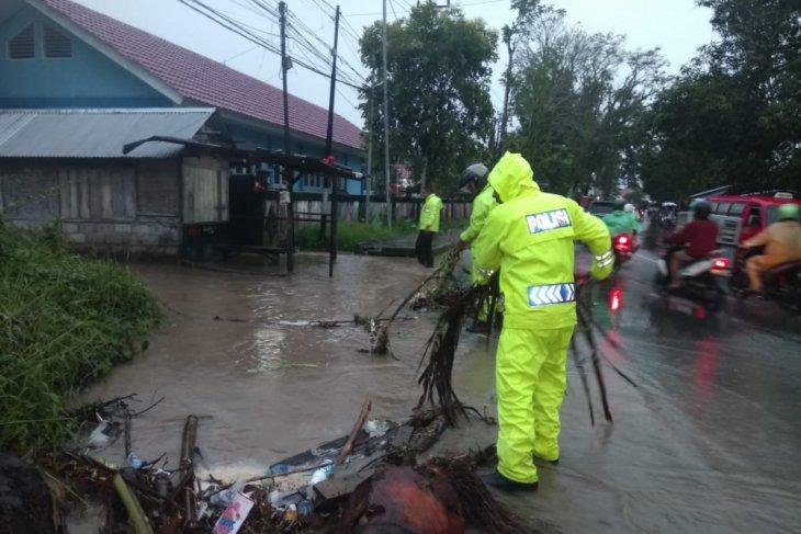 BMKG waspadai hujan di wilayah perbatasan Maluku