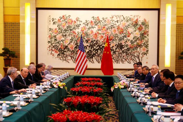 """China peringatkan Amerika Serikat jangan """"main api"""""""
