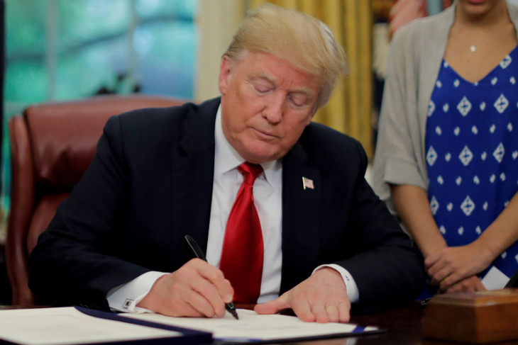 "Trump sebut De Niro ""IQ jongkok"""