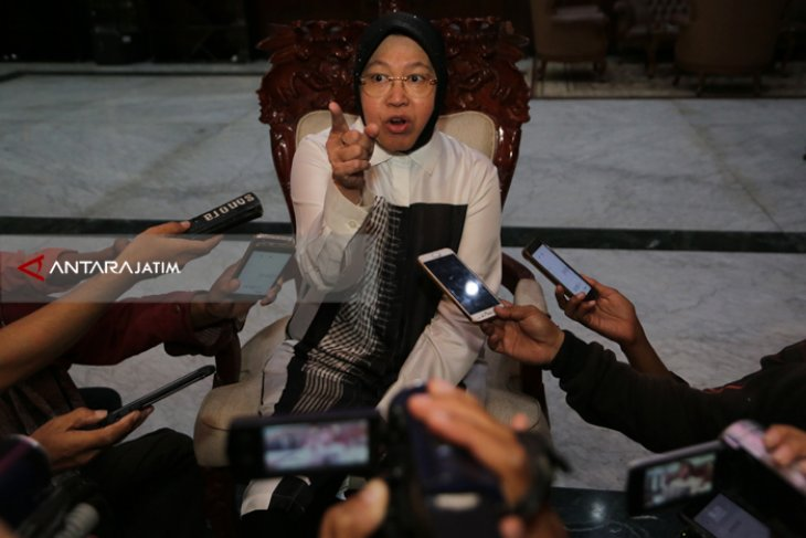 Surabaya's Youngsters Well Trained To Compete At Global Level: Mayor