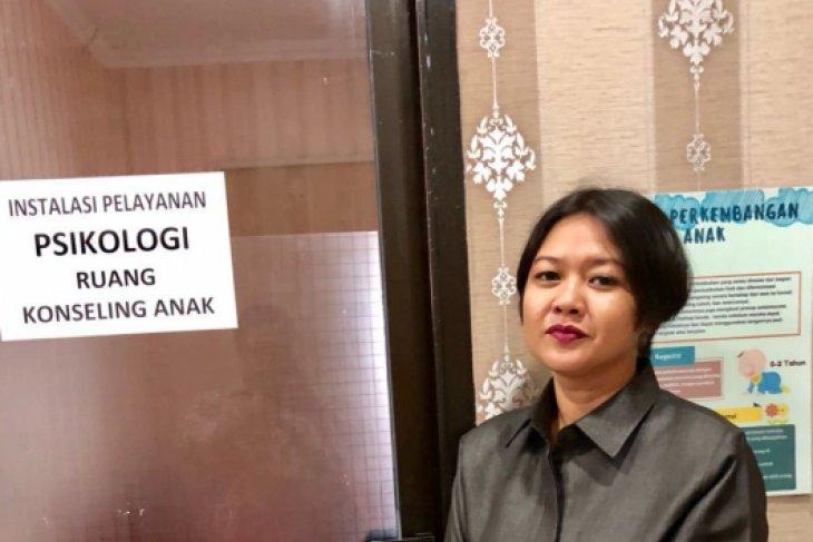 Politisi: Kasus guru cabul harus diusut tuntas