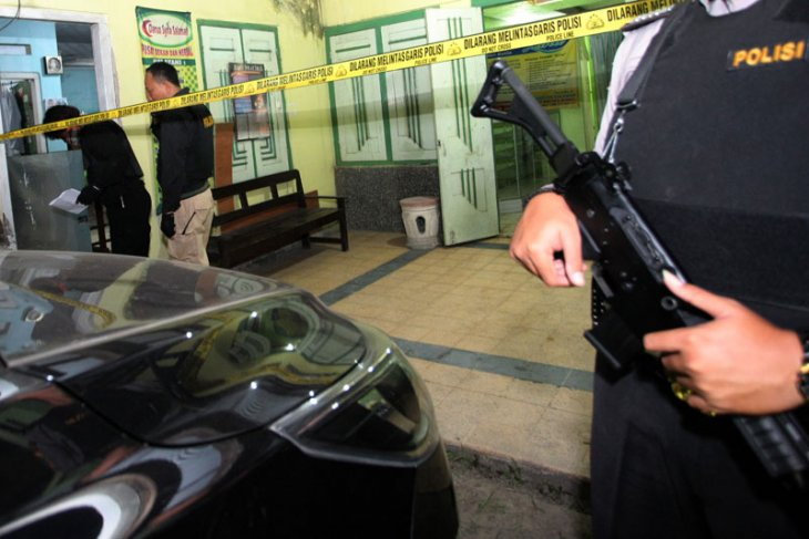 Penggerebekan terduga teroris di Blitar