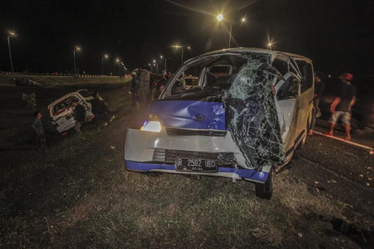 Kecelakaan mobil di tol Cipali