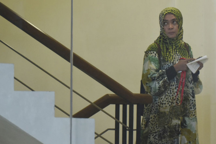 KPK periksa Wa Ode Nurhayati