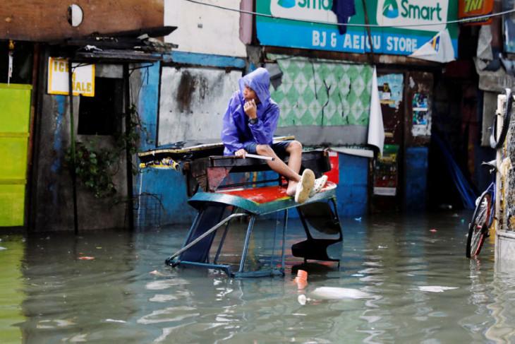 Badai Son Tinh tewaskan 20 orang di Vietnam