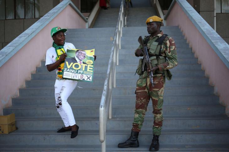Dua seteru capres Zimbabwe berebut klaim menang dalam pemilu