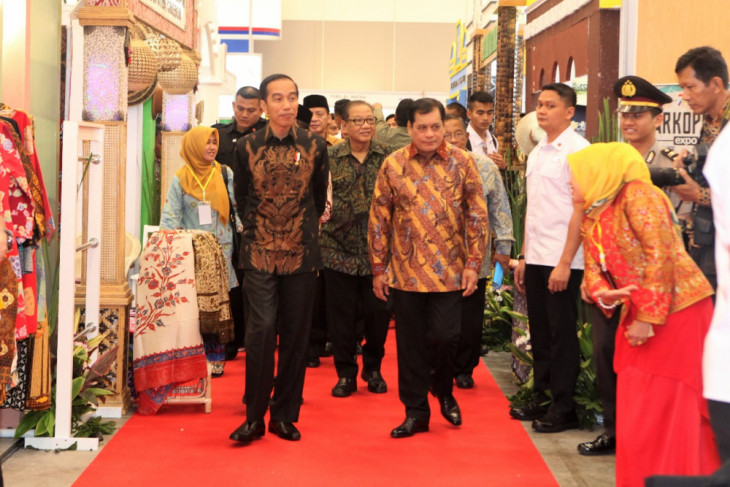 Presiden Jokowi minta koperasi perluas pasar online
