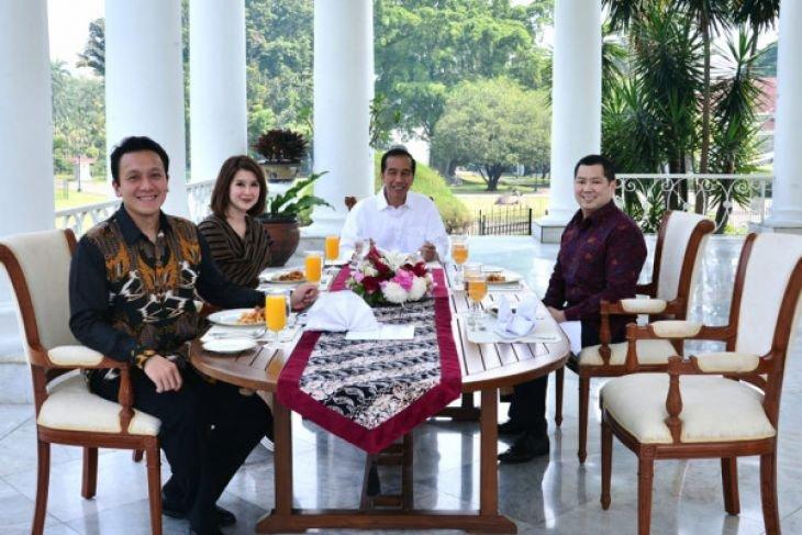 Presiden Jokowi jamu Ketum Perindo, PKPI dan PSI di Istana Bogor