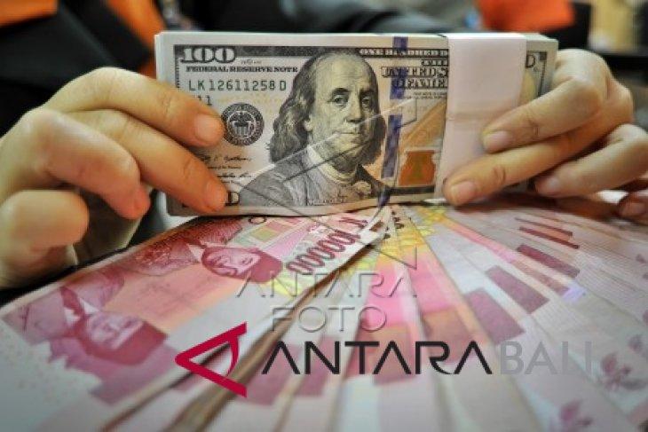Rupiah melemah 16 poin menjadi Rp15.205 per dolar AS