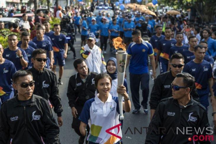 Arak-arakan obor Asian Games 2018
