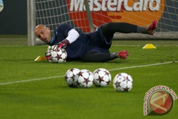 Pepe Reina masuk radar rekrutan Real Madrid