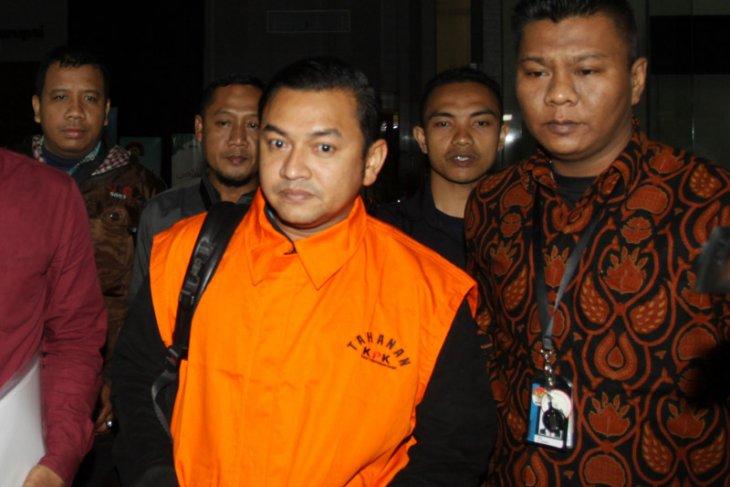 KPK tahan Staf khusus Gubernur Aceh