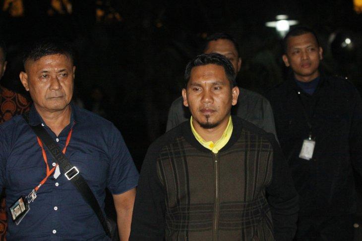 Bupati Bener Meriah diduga kumpulkan uang dari pengusaha untuk suap Gubernur Aceh