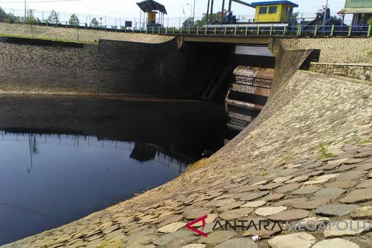 Dugaan pencemaran Sungai Cilamaya diselidiki